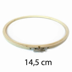 Borduurring hout 14,5 cm.
